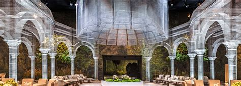 edoardo giardino edoardo tresoldi sculpts wire mesh architectural tableau