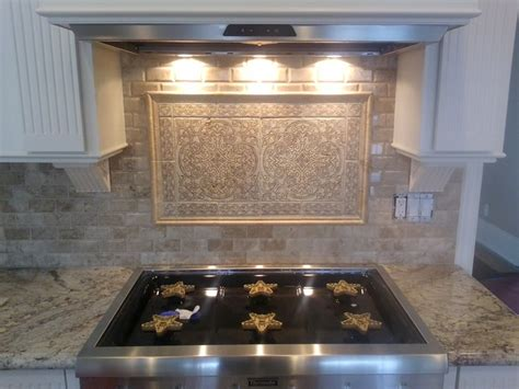 backsplash medallions kitchen 1000 images about kitchen medallions on pinterest stone