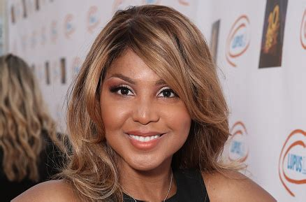 my celebrity news page tv scoop see the full cast for toni braxton s lifetime