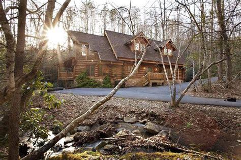 aiden s escape gatlinburg chalets cabin rentals tennessee