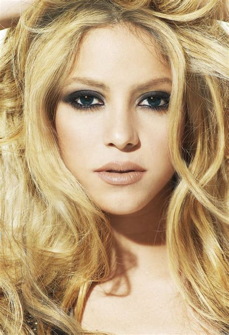 famous hispanic people shakira 1000 images about hispanic women on pinterest latinas