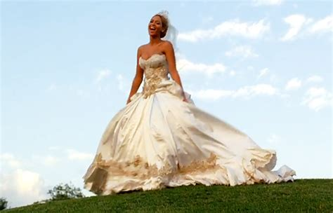 beyonce video wedding dress 301 moved permanently