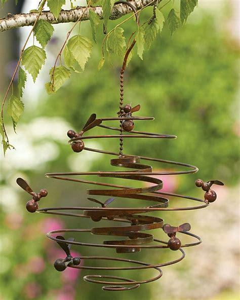 Metal Garden Decor Bumble Bee Hive Spiral Metal Hanging Wind Outdoor Garden Honey Bees Decor Ebay