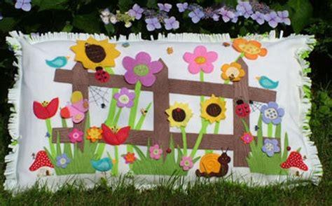 Gails Patchwork - patchwork quilting applique fleece flower cushion sewing