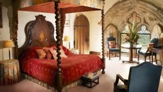 Medieval castle bedroomghantapic