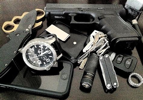 everyday carry edc ccw everyday carry edc blogs to keep track of