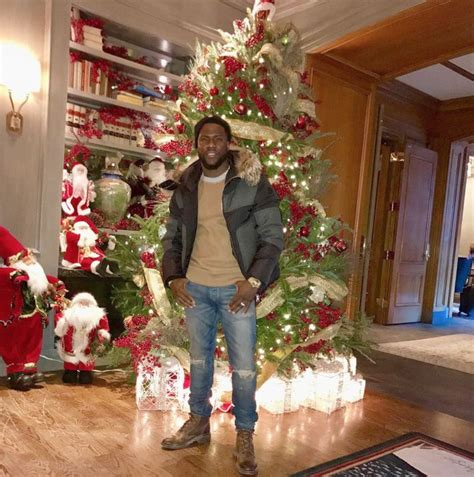 celebrities and their christmas trees 2016 edition