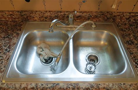 Caulking Sink After Giani Granite Paint The Diy Girl Caulking Kitchen Sink
