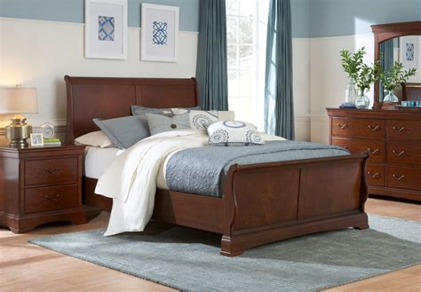 Sleigh Bedroom Furniture Sets | broyhill rhone manor sleigh bedroom set