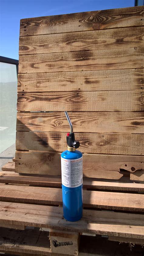 blow torched wood pallet patio furniture set diy diy
