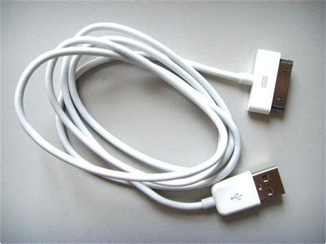 Ciri Kabel Data Iphone 4 Original jual kabel data iphone 4 4s original apple cable data