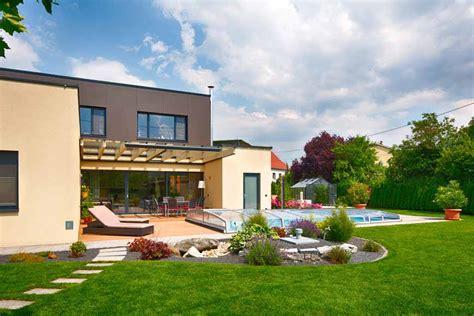 Gartenanlage Mit Pool by Die Verschiedenen Bauarten Schwimmbecken Und Pools