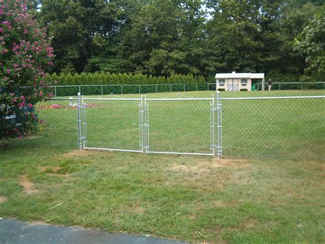 backyard fence company chain link fence backyard fence company