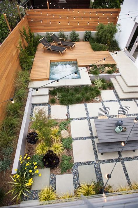 landscape backyard ideas best 25 small backyards ideas on small