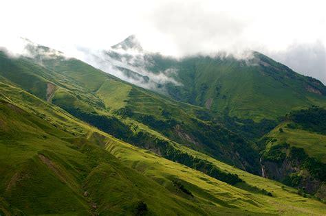 file caucasian landscapes jpg wikimedia commons