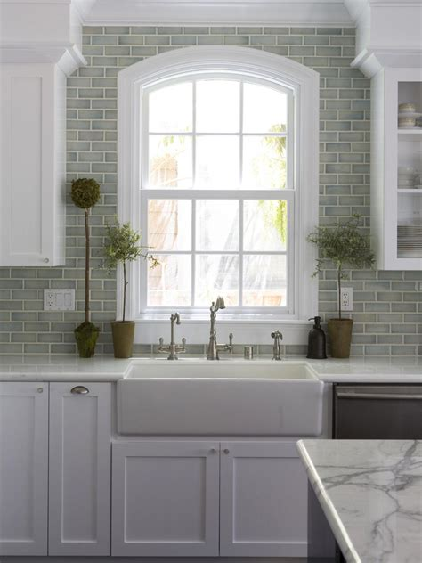 Kitchen Window Design Large Kitchen Window Treatments Hgtv Pictures Ideas Kitchen Ideas Design With Cabinets