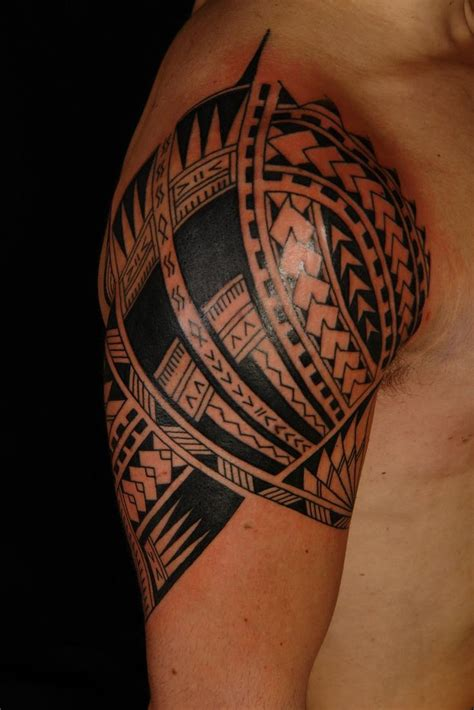 tribal breast tattoos best 20 hawaiian tribal tattoos ideas on