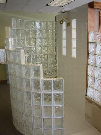 baños decorados con ladrillos de vidrio estilo rustico decoractual dise 241 o y decoraci 243 n