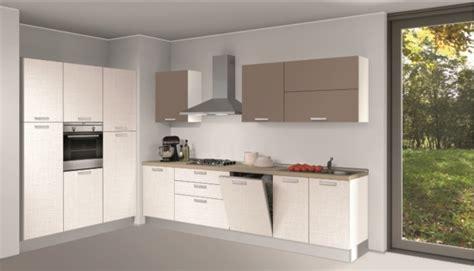 cucine ad angolo economiche cucina creo kitchens lube alma ad angolo 300x180 cucine