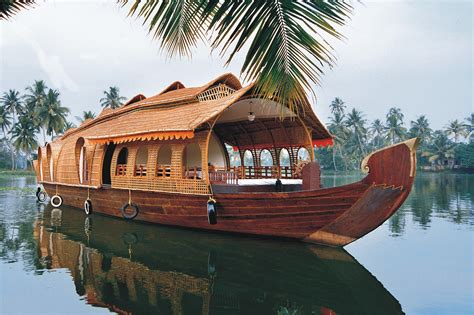 kerala boat house alleppey 5 best honeymoon destinations in south india mytraveltrips