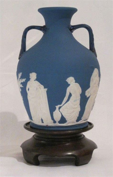 17 best images about pottery wedgwood on auction cobalt blue and cheese dome