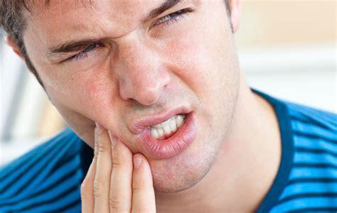 cuando salen las muelas del juicio extraer muelas del juicio 191 duele clinica dental barcelona
