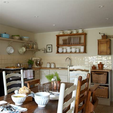 9 cosy country cottage decor ideas housetohome co uk kitchen diner country cottage housetohome co uk