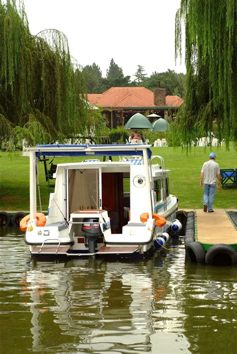 house boat on the vaal old willow no 7 houseboat charters