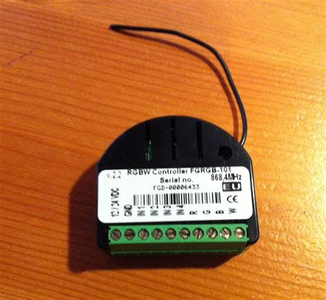z wave controller stairway lighting fibaro z wave rgbw controller to the rescue another jobbed why