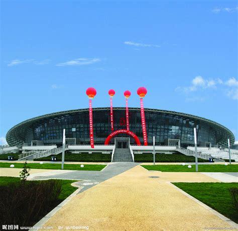 北京体育大学男生澡堂有公共浴室 成都体育大学男的多吗