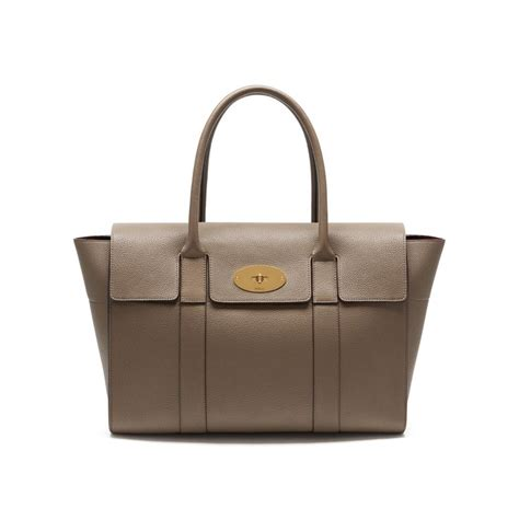 Tribute To A Timeless Classic Mulberrys Leather Bayswater Bag by Shop The New Bayswater In Clay Small Classic Grain Leather