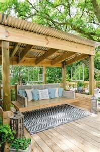 Outdoor Patio Pergola Swing by Great Garden Swing Ideas To Ensure A Gregarious Time For