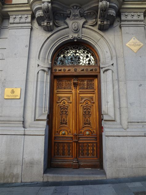 Entrance Doors by File Antique Wooden Entrance Door In Madrid Spain Jpg