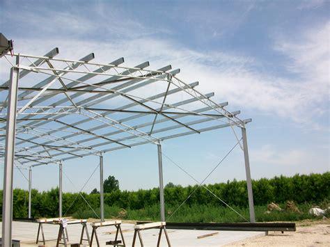 capannoni agricoli capannoni agricoli e industriali metal stands
