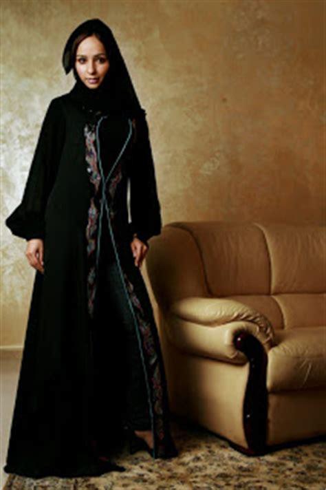 Ikn Dress Muslim Fathiya kewtified summer abaya fashion in muslim countries 2012