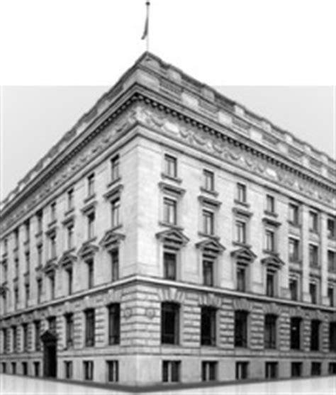 warburg bank de warburg bank r 252 ckgang bei jahresergebnis