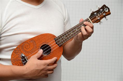learn guitar ukulele how to learn soprano ukulele quickly if you play guitar 7