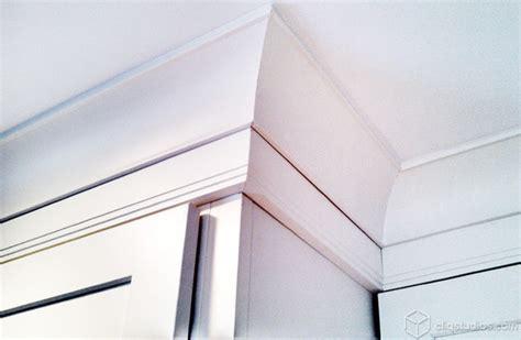 angle crown molding cliqstudios com traditional white kitchen cabinets contemporary kitchen