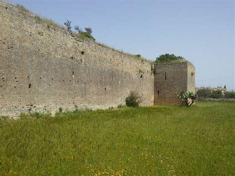 giardini di atene lecce castelli e torri salento b b irenemarchese gallipoli