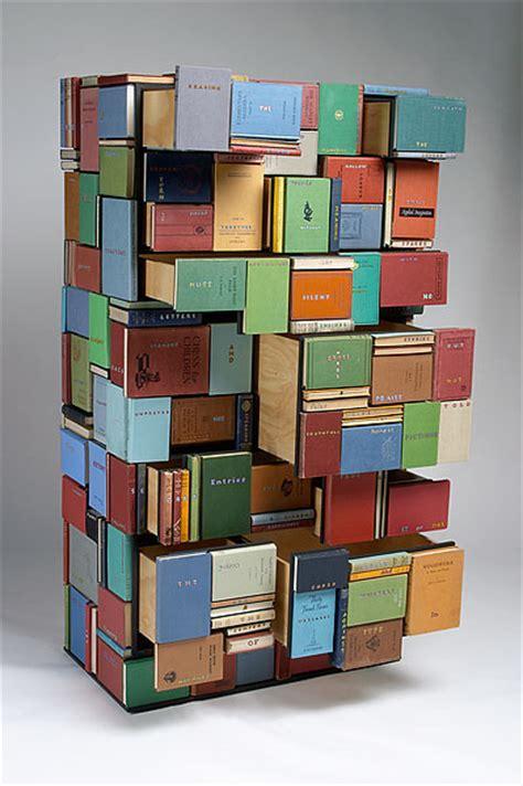q es estante para libros reciclando libros rincon del bibliotecario