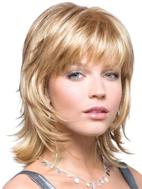 show me shoulder length hairstyles show me some 2016 medium layered hairstylegalleries com