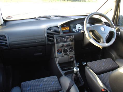 opel zafira interior vauxhall zafira estate 1999 2005 driving performance