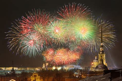 new year s fireworks in moscow and st petersburg 2010