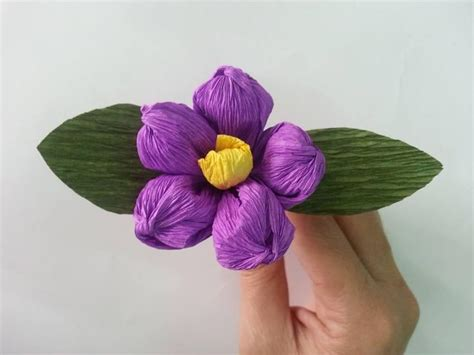 How To Make Beautiful Flowers With Paper - tutorial how to make beautiful flowers from paper