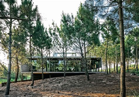 Grylls House by Argentina S L4 House Is The Ultimate Grylls Pad