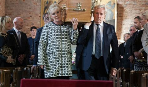 deirdre barlow s funeral felt false says former corrie