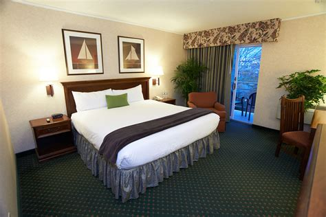 types of rooms in a house rooms and reservations heritage house hotel hyannis
