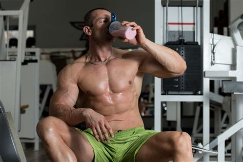 should i drink a protein shake before bed how to get enough protein