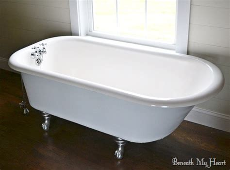 Claw Bathtub by How To Refinish An Antique Claw Foot Tub Check Out New