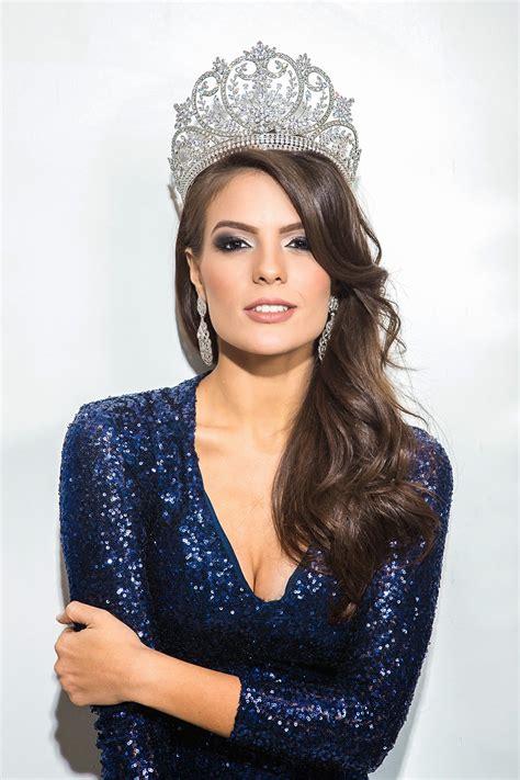 miss universe 2014 melissa gurgel is crowned miss universe brazil 2014 miss